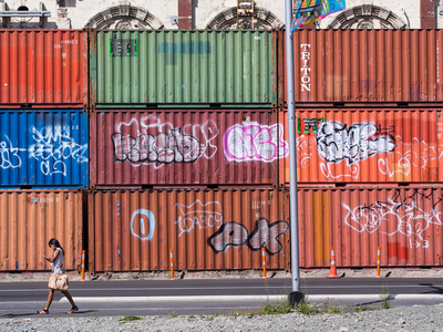 Container Wall